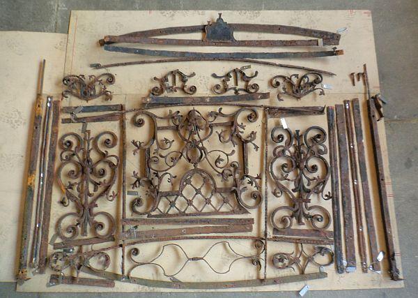 Das Geländer wurde in all seine Bestandteile zerlegt und einem Beschriftungssystem zugeordnet.