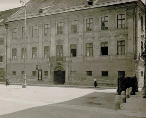 Klagenfurt: Palais GoÎss.